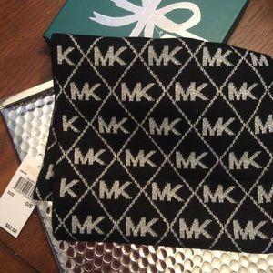 MICHAEL Michael Kors Logo Metallic Scarf NWT Blk
